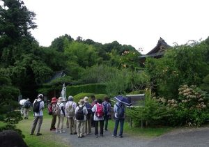 泰翁寺入り口付近