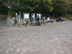 陣ケ下渓谷公園で昼食
